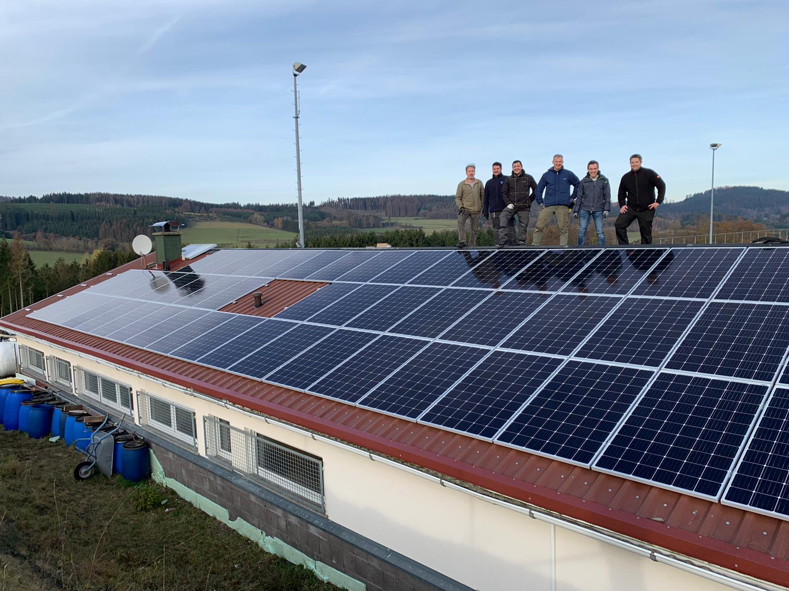 Energiegenossenschaft baut neunte Anlage für und mit VfB Banfe